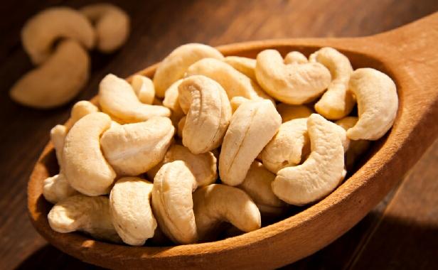 cashews nutrition facts